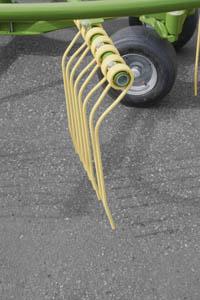 TC760P Swadro Tines Krone Australia KRONE SWADRO TC 760/760P TWIN ROTOR CENTRE DELIVERY RAKES