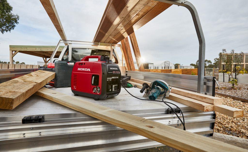 Honda-EU22i-Generator power for work